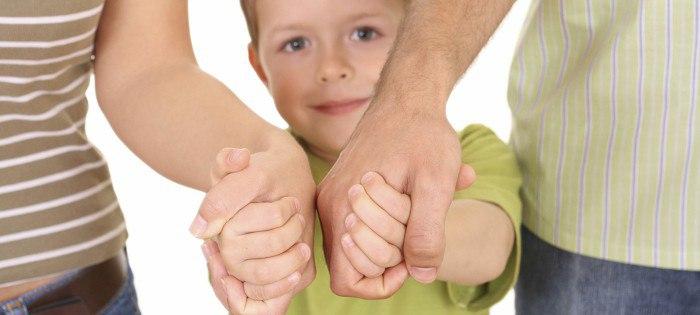 Приемные дети: чем отличаются  от детишек, выросших в семье?