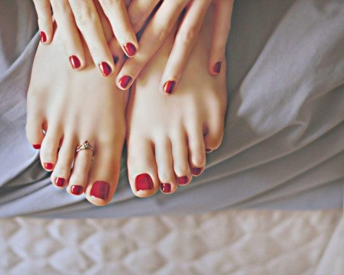Кольцо на палец ноги – украшение, средство для похудения или защита?