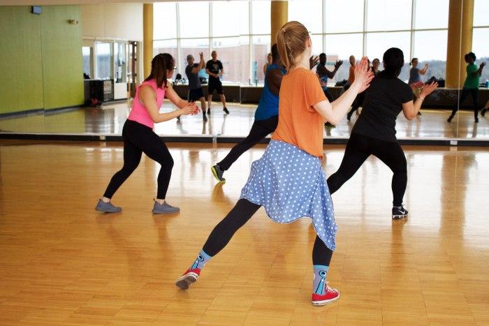 Танцуем попой: как научиться делать это красиво