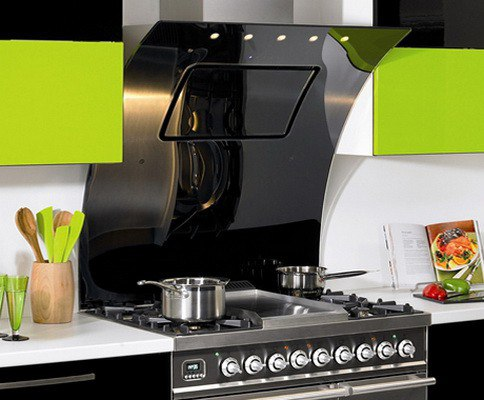 Выбираем кухонную вытяжку: на что обратить внимание?