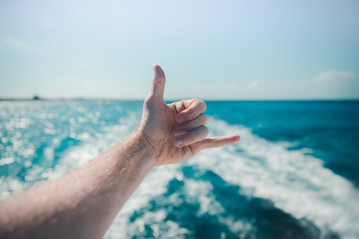 Учимся «читать» жесты руками
