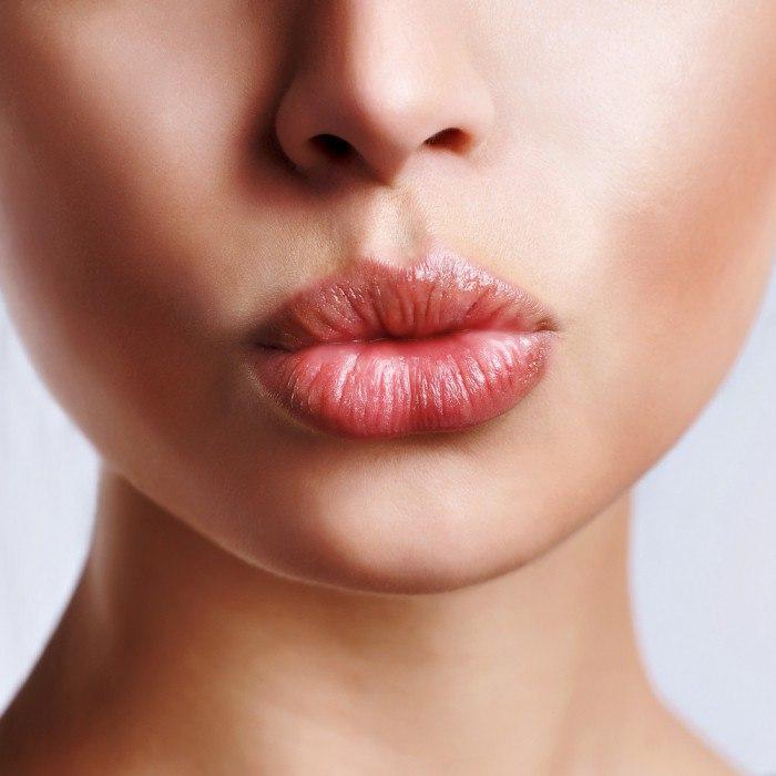 «Считываем» характер по форме и размеру губ