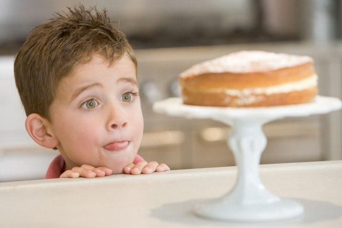 Как отучить себя от сладкого: актуальные советы диетологов