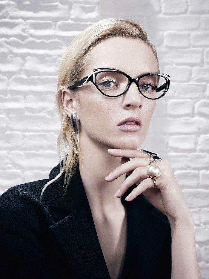 Как выбрать модные очки для зрения?