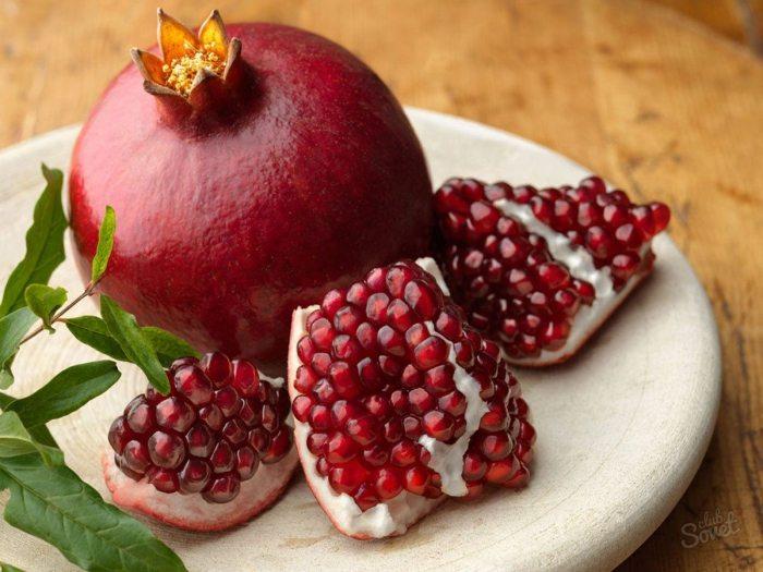 «Капризный фрукт» гранат: как очищать его быстро и без проблем?