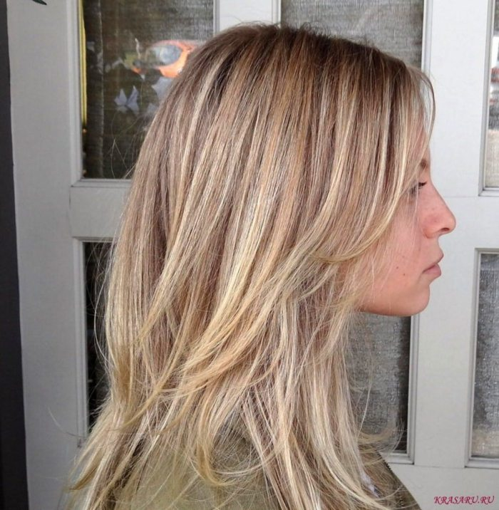 Чем полезны для блондинок оттеночные и осветляющие шампуни?