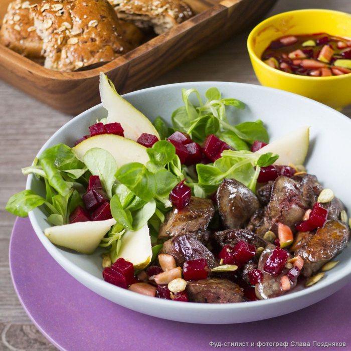 Салат с грушей: простые рецепты для вкусной трапезы