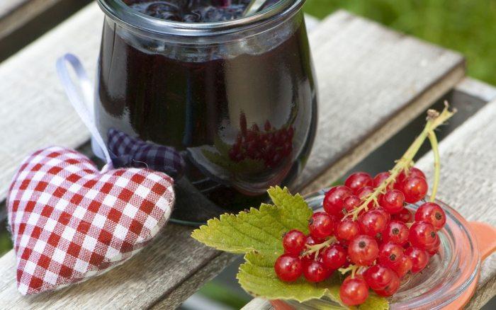 Осваиваем виноделие и учимся готовить домашнее вино из варенья