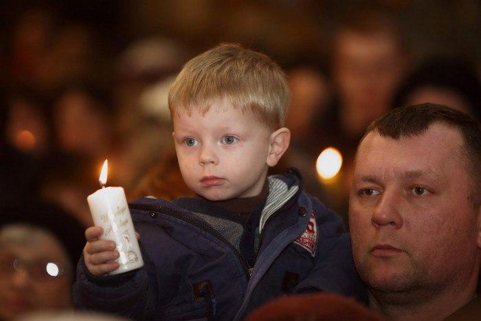 Что делать, если вам подарили свечи из Иерусалима? Можно ли с их помощью освятить дом?