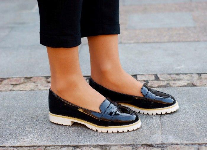 С чем носить обувь на тракторной подошве?