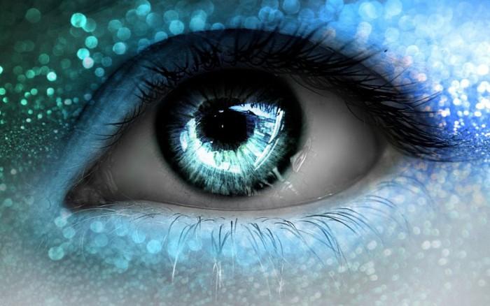 Бирюзовые глаза: как подчеркнуть редкий цвет макияжем