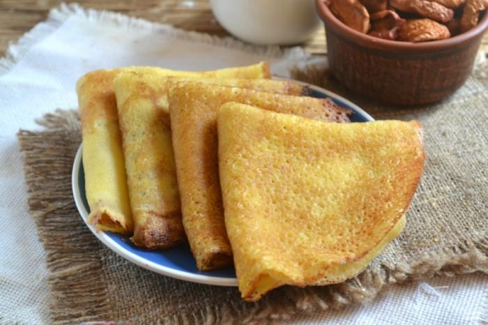 Блины на дрожжах: рецепт толстых и пышных блинчиков к завтраку