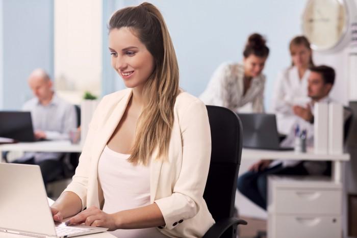 Сокращенный рабочий день для беременных: разбираем юридические тонкости