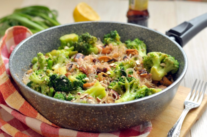 Фунчоза с морепродуктами: готовим необычную лапшу в домашних условиях
