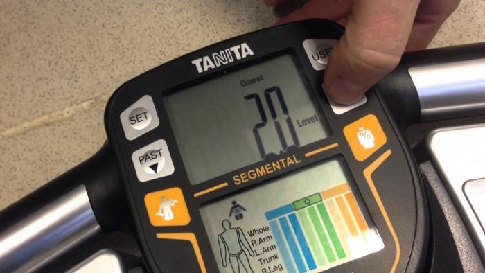 Весы-анализаторы состава тела: привычный прибор с массой функций